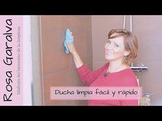 Es un truco genial que puedes hacer todos los días para limpiar las paredes, cortinas, mamparas de la ducha. Es muy fácil y no vas a perder mucho tiempo para mantener todo limpio y con buen aroma. Vicks Vaporub, Clean House, Home Remedies, Cleaning Hacks, Tan Solo, Videos, Youtube, Diffuser, Clean Shower