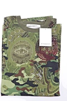 ee117c8c NWT Givenchy Paris Mens Green Camouflage Money Printed T-Shirt M New $835  #Givenchy #GraphicTee