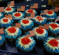 firework cupcakes for Memorial Day, 4th of July summer parties
