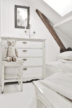 Beautiful room!