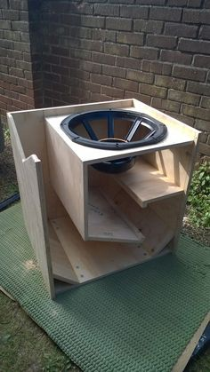 Details about Plans to build Line Array Speaker Cabinet - dual and single woofer di 2019 Diy Subwoofer, Subwoofer Box Design, Speaker Box Design, Subwoofer Speaker, Audio Amplifier, Home Speakers, Built In Speakers, Home Theater Sound System, Home Electrical Wiring