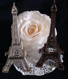 Eiffel Tower, Paris Cake Topper, Wedding Favor, Paris Wedding Decoration, Eiffel Tower Baby Shower, Eiffel Party Theme Decoration