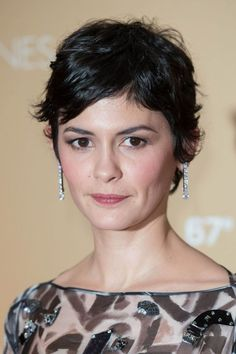 French actress, Audrey Tautou at Opening Ceremony Dinner during 2014 Cannes Film Festival. Short Wavy Pixie, Edgy Short Hair, Short Curly Hair, Curly Hair Cuts, Short Hair Cuts, Curly Hair Styles, Audrey Tautou, Undercut Hairstyles, Funky Hairstyles