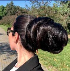 VIDEO - A long hair trip in the park 2 - RealRapunzels Bun Hairstyles For Long Hair, Permed Hairstyles, Braids For Long Hair, Straight Hairstyles, Braided Hairstyles, Updo Hairstyle, Really Long Hair, Super Long Hair, Red Hair Woman