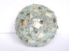 Geschenke für Frauen - Leuchtkugel 14 cm gold o. silber, Geschenkidee - ein Designerstück von LonasART bei DaWanda