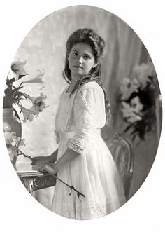 """""""Her Imperial Highness Grand Duchess Maria Nikolaevna of Russia, of house Romanov, in a formal portrait from 1910 """" Anastasia, Romanov Sisters, Princesa Real, House Of Romanov, Alexandra Feodorovna, Tsar Nicholas Ii, Imperial Russia, Kaiser, Pictures To Paint"""