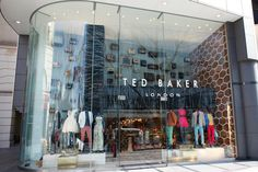 Ted Baker opens first Japanese store Analog meets digital in the brands store debut in Japan Santa Monica Apartment, Santa Monica Place, Baby Food By Age, Japanese Store, Retail News, Retail Signage, Ted Baker Stores, Shop Around, Signage Design