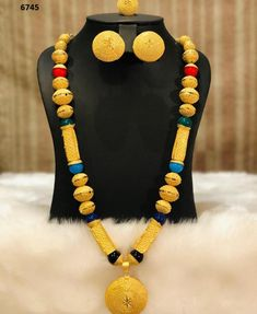 - The best company for African Clothing Gram gold jewelry offer runing Gold Jewellery Design, Gold Jewelry, Jewelry Necklaces, Gold Bangles, Bangle Bracelets, Fashion Necklace, Fashion Jewelry, African Dresses For Women, Ankara Dress
