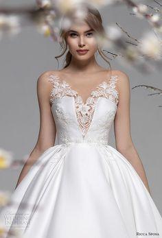 Wedding Dress Sleeves, Wedding Dress Styles, Dream Wedding Dresses, Bridal Dresses, Wedding Gowns, Princess Ball Gowns, Ball Dresses, Dream Dress, Bridal Collection