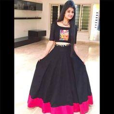 For some reason i luv it Garba Dress, Navratri Dress, Choli Dress, Dress Indian Style, Indian Dresses, Indian Outfits, Choli Designs, Blouse Designs, Choli Pattern