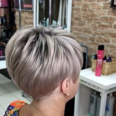 Short Hair Syles, Short Hairstyles For Thick Hair, Short Grey Hair, Short Hair With Layers, Pixie Hairstyles, Pixie Haircut, Long Hair Styles, Blonde Short Hair Pixie, Short Sassy Haircuts