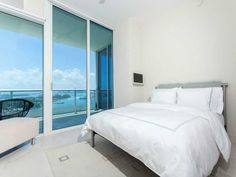 Bedroom | Continuum South #2104 | 100 S POINTE DR, MIAMI BEACH, FL 33139 | Jeff Miller Group