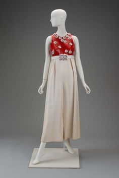 1970, America - Jumpsuit by James Galanos - Silk, patent leather, plastic beads.