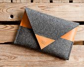 "iPad mini Sleeve ""Arrow"" - leather, wool felt"