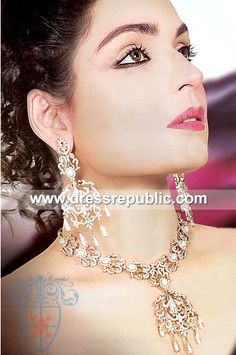 Style DRJ1024, Product code: DRJ1024, by www.dressrepublic.com - Keywords: Arts and Gems Designer Pakistani Jewelry Stores Pakistan