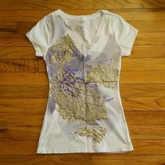 Purple and gold glitter tee Express brand graphic tee with a purple and gold glitter design. Size xs. In great condition, only worn once! Express Tops Tees - Short Sleeve