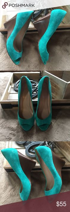 J Crew open toe wedge size 5.5 suede J Crew open toe wedge size 5.5 suede blue / green color. Great condition! J. Crew Shoes