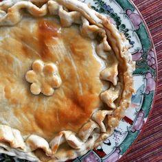 Fizemos uma Torta Vegetariana para a queridissíma Mariana Jatobá @mariana_jatoba. #pie #vegetables #vegetablespie 🌱🌱🌱 @donamanteiga #donamanteiga #danusapenna #gastronomia #food #dessert #pie www.donamanteiga.com.br