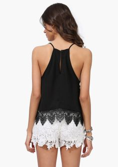 Hot Pursuit Top. This top looks SO good with the lace shorts!!!!