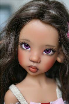Наконец решила создать топик о своих самых любимых куклах — это шарнирные куклы от Kaye Wiggs. На сегодняшний день у