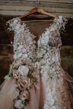 Lace Wedding Dress, Best Wedding Dresses, Boho Wedding, Unique Colored Wedding Dresses, Floral Wedding Dresses, Woodland Wedding Dress, Blush Pink Wedding Dress, Wedding Signs, Bride Look