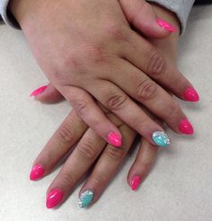Short stilettos with a bling accent nail