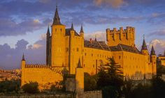 #Spain #Castel #Europe #Beuatiful Is this the place where the wizards live?