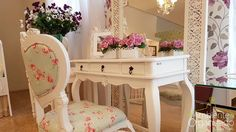 aparador com cadeira provençal verde floral