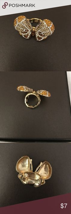 Expandable butterfly ring. Custom jewelry. Butterfly ring. Expandable. Never worn. Kept in jewelry box. Costume jewelry. Gold plated. costume jewelry Jewelry Rings