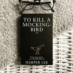 It is a gargantuan task to find and suggest other works that even begin to compare, but here are 12 phenomenal books like To Kill A Mockingbird. I Love Books, Good Books, Books To Read, My Books, Reading Books, Best Poetry Books, Book Club Books, Book Lists, Book Flatlay
