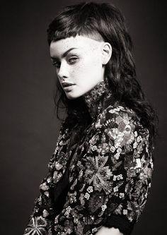 www.estetica.it | Hair: Kristy Hodgson @ Jarahs Hair-Berri&Loxton Styling: Vinn Ruatoe Make up: Paul Blanche Photo: Carl Keeley