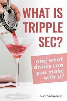 Triple sec is one of those cocktail ingredients that you don't really notice but that features in lots of the classic cocktails. Find out what this liqueur is, what it tastes like and what kind of cocktails you can make with it by clicking here! Sangria Recipe Triple Sec, Triple Sec Cocktails, Easy Margarita Recipe, Margarita Recipes, Famous Cocktails, Classic Cocktails, Mojito, Red Sangria Recipes, Cocktail Recipes
