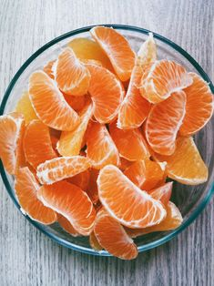 Healthy snacks bring positive energy and nutrients. Fuel your mind! #goodeats #cuties #oranges