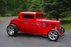 Custom '32 Ford Coupe