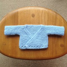 Preemie Crossover Cardigan Free Crochet , Preemie Crossover Cardigan Free Preemie Crossover Cardigan Knitting pattern by Jacqueline Gibb knitting. Baby Cardigan Knitting Pattern Free, Baby Knitting Patterns, Baby Patterns, Free Knitting, Crochet Patterns, Preemie Crochet, Crochet Baby, Free Crochet, Knitted Baby