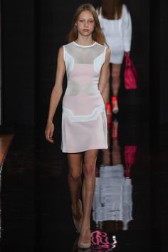 White Dress Accented with Puff Pink and Taupe by Valentin Yudashkin Spring 2016 Ready-to-Wear Collection Photos - Vogue