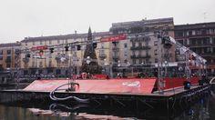 #Christmas village pista di pattinaggio sul ghiaccio galleggiante  #darsena #navigli #naviglio #Natale #milano #milanomonamour #milanocity #milanotoday #milan #milanodavedere #festa #darsenachristmasvillage by luce8_