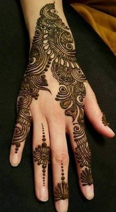 Hina, hina or of any other mehandi designs you want to for your or any other all designs you can see on this page. modern, and mehndi designs Henna Hand Designs, Mehndi Art Designs, Latest Mehndi Designs, Mehndi Patterns, Bridal Mehndi Designs, Mehndi Designs For Hands, Henna Tattoo Designs, Bridal Henna, Heena Design