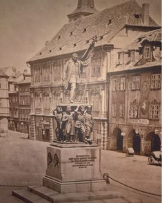 Old Paintings, Central Europe, More Pictures, Interesting Stuff, Czech Republic, Old Photos, Louvre, Sketches, Architecture