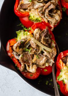 Cheesesteak Stuffed Peppers Keto-Friendly Steak Stuffed Peppers give you all the satisfaction of a Philly cheesesteak sandwich without the added carbs or guilt at less than net carbs! Baked Avocado Fries, Zucchini Fries, Avocado Chicken, Zucchini Boats, Chicken Salad, Zucchini Parmesan, Garlic Parmesan, Pan Grilled Chicken, Roasted Chicken