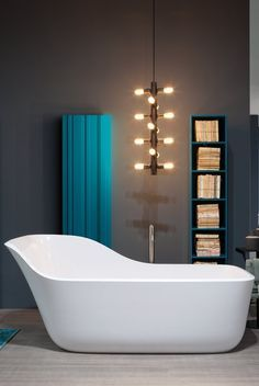 ANTONIO LUPI For the past fifty years, Antonio Lupi Design has stood out in the design and manufacture of bathroom furniture. It has an incredible ability to innovate by searching for new materials and designs, as well as investing in manufacturing technology, taking us through a journey into the future.
