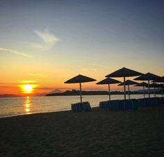 Antigoni Beach Hotel in Halkidiki is undoubtedly the ultimate summer vacation destination for those seeking tranquility, relaxation and distinctive luxury. Beach Hotels, Beach Resorts, Fall Weather, Vacation Destinations, Wind Turbine, Greece, Relax, Sunset, Greece Country