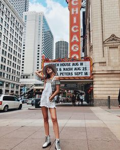Mumu has landed in Chicago! Chicago Travel, Chicago City, Travel Usa, Chicago Trip, Chicago Outfit, Chicago Pictures, Chicago Photography, Photography Ideas, Foto Casual