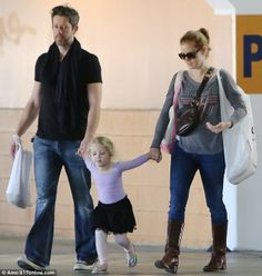 Casual: The Academy Award nominee looked just like any other young mother as she took Aviana to ballet with fiance Darren