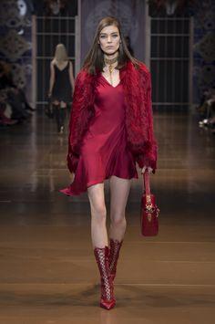 Versace Women's Wear FW14/15 Fashion show. #Versace #VersaceLive #VersaceWomenswear