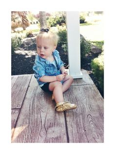 Baby girl toddler style target chambray shirt leopard print bow Carter's black shorts and cute gold mocs