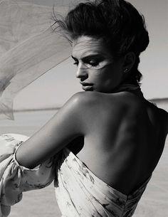 Getting her closeup, Emily Ratajkowski wears silk chiffon dress from Giambattista Valli