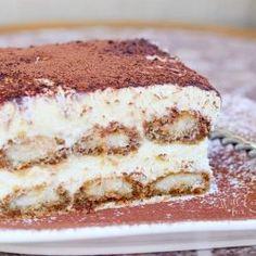 Best Dessert Recipes, Cupcake Recipes, Just Desserts, Sweet Recipes, Breakfast Recipes, Tiramisu Dessert, Tiramisu Recipe, Classic Desserts, Italian Desserts