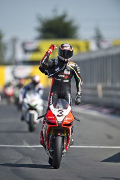 Aprilia Racing Superbike: Nürburgring, Germany