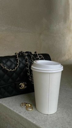 Classy Aesthetic, Aesthetic Themes, White Aesthetic, Aesthetic Photo, Aesthetic Pictures, Luxury Purses, Only Fashion, White Style, Spice Things Up